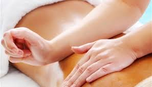 Massage to reduce sciatica pain